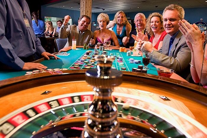 bring the live 카지노사이트목록 casino to the internet